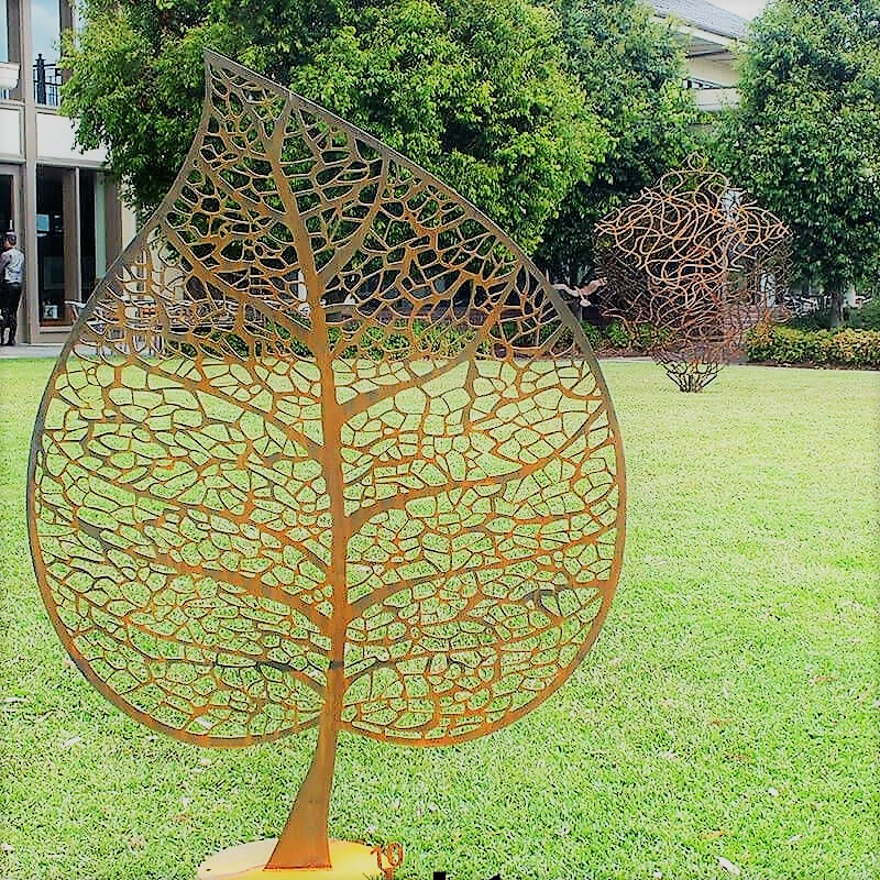 Skeleton Leaf Metal Garden Ornament